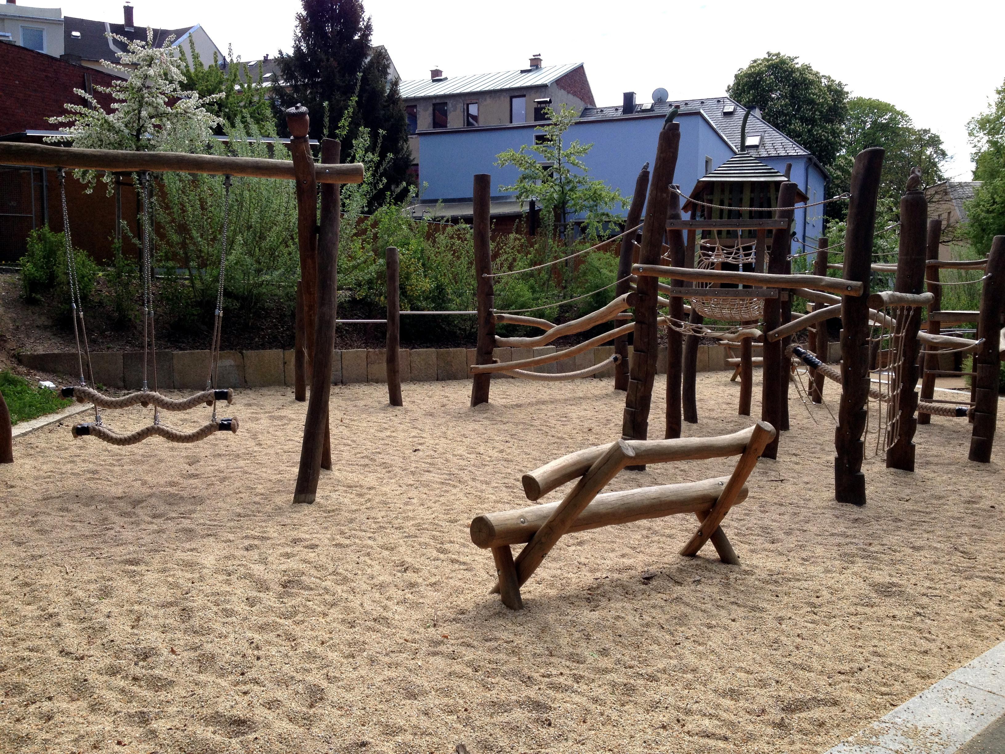 Klettergerüst Planer : Stadtpark und spielplatz auerbach
